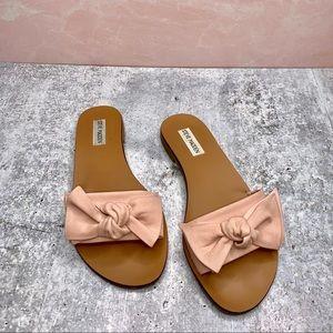 STEVE MADDEN - Pink Bow Sandals